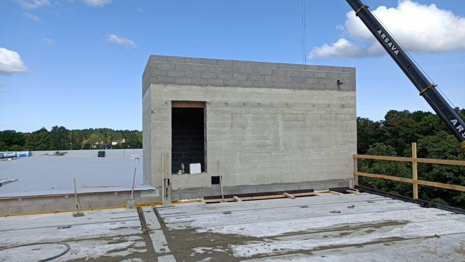 skolas ēka būvniecīas procesā